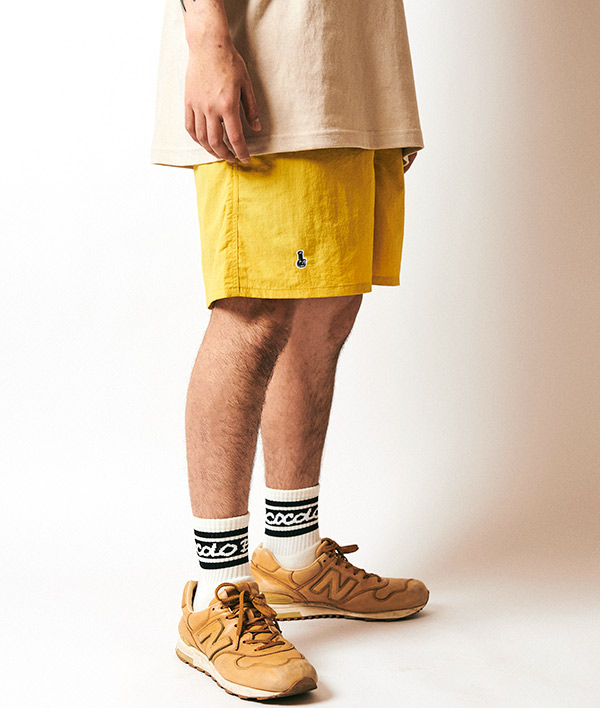 画像1: EMBROIDERY BONG NYLON SHORTS (MUSTARD) (1)